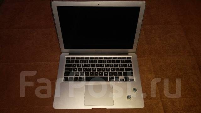 Apple MacBook Air. 2 130,0 ГГц, ОЗУ 2048 Мб, диск 256 Гб, WiFi, Bluetooth, аккумулятор на 7 ч.