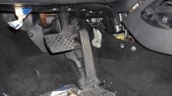 Педаль газа. Volkswagen Jetta, 1K2, 1K5 Двигатели: AXX, BKC, BKD, BLR, BLS, BLX, BLY, BMY, BPY, BSE, BSF, BVY, BVZ, BWA, BXE, CAWB, CBDB, CBFA, CBTA...