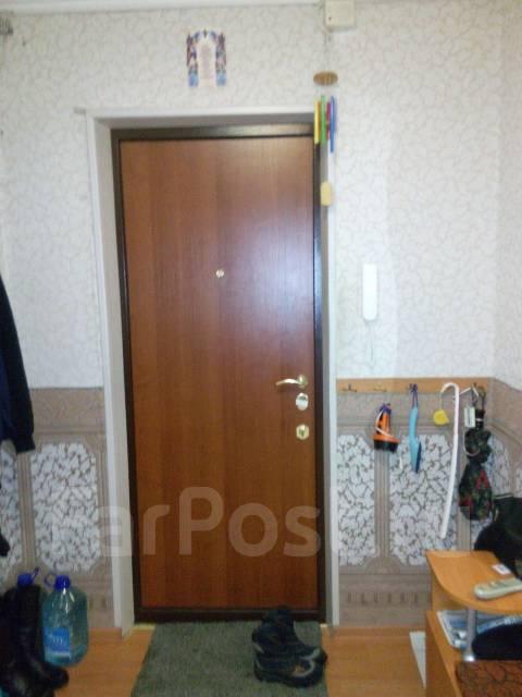 3-комнатная, улица Автомобилистов 14. 5 км, агентство, 63 кв.м.