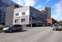 Продается строящееся 3-этажное здание по ул. Надибаидзе, 17а. Улица Надибаидзе 17а, р-н Чуркин. Дом снаружи