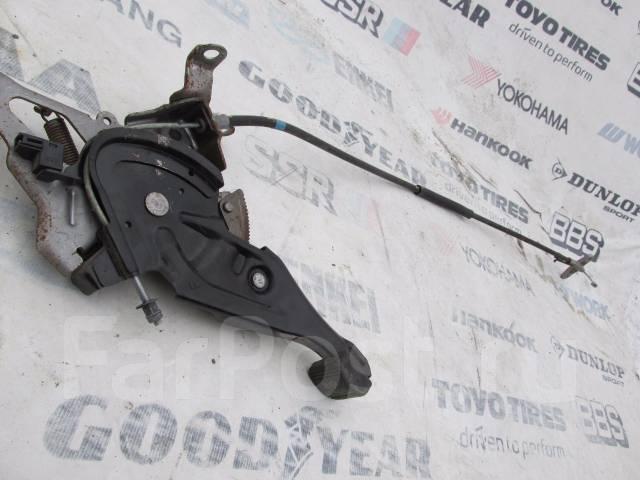 Педаль ручника. Toyota Prius, NHW20 Двигатель 1NZFXE
