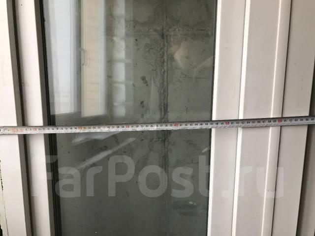 Продам балконную дверь с окном