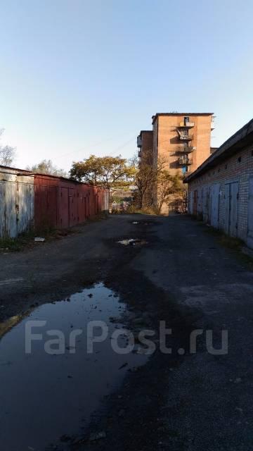 Гаражи металлические. улица Адмирала Кузнецова 59, р-н 64, 71 микрорайоны, 24 кв.м., электричество, подвал.