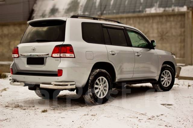 Накладка на фару. Toyota Land Cruiser. Под заказ