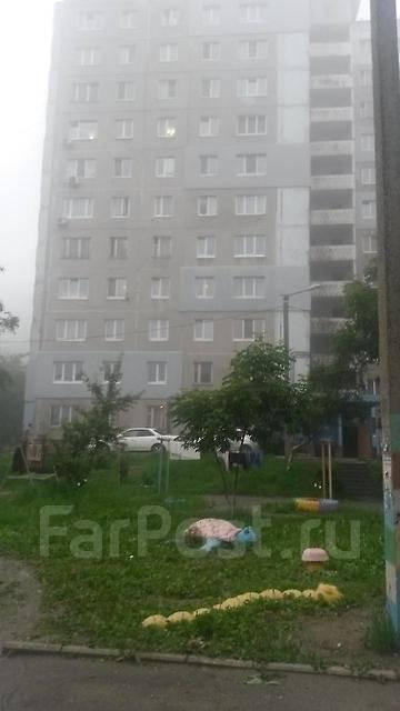 1-комнатная, улица Невельского 27. 64, 71 микрорайоны, агентство, 34 кв.м. Дом снаружи