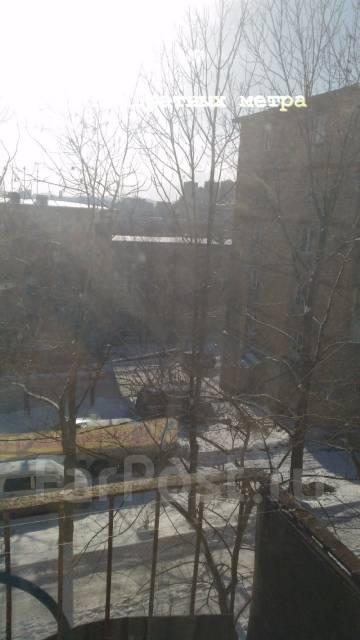 1-комнатная, улица Адмирала Юмашева 16. Баляева, агентство, 32 кв.м. Вид из окна днем