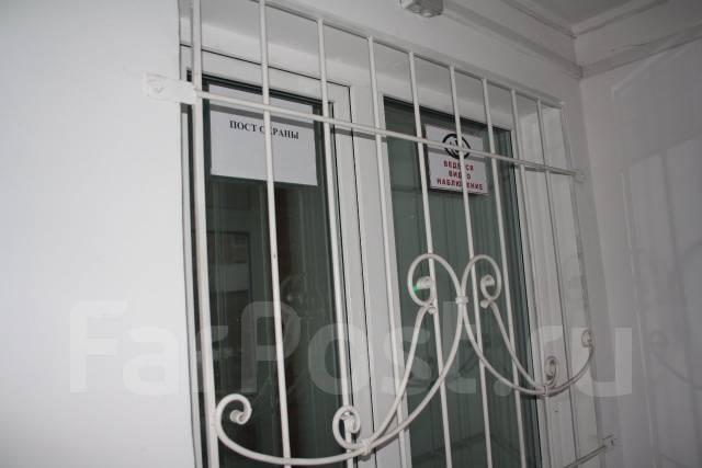 3-комнатная, улица Адмирала Горшкова 22. Снеговая падь, частное лицо, 64 кв.м.