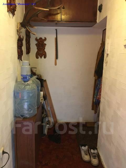 1-комнатная, улица Адмирала Юмашева 16а. Баляева, проверенное агентство, 31 кв.м. Прихожая