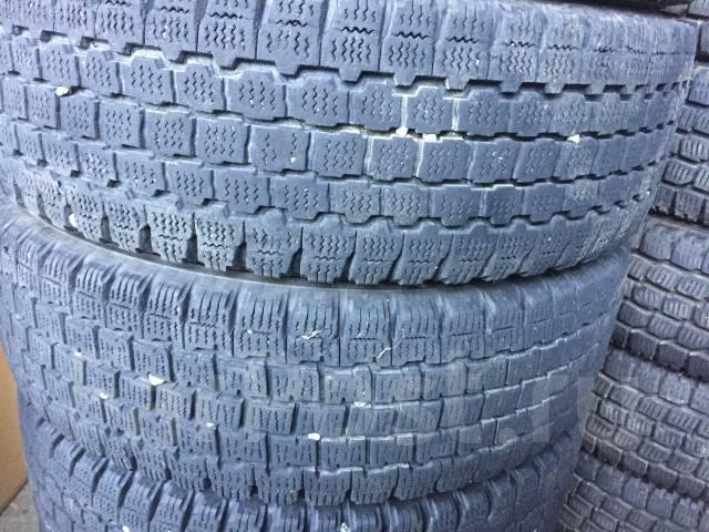 Грузовая зимняя резина Bridgestone 205/60R17,5 с дисками 5 шт. 5.25x17.5