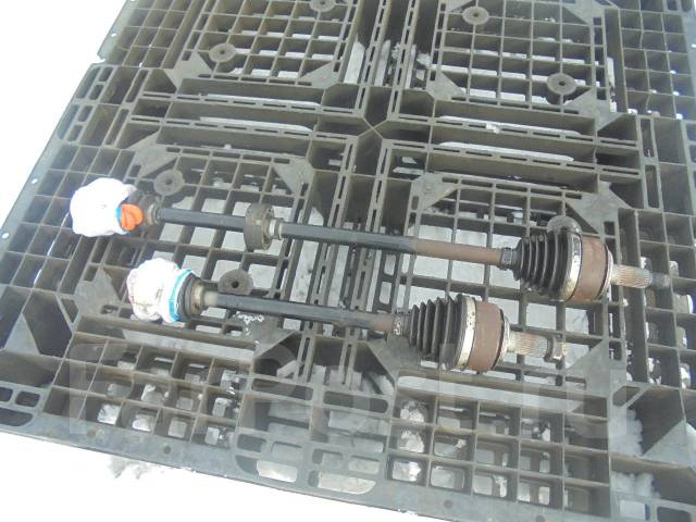 Привод. Honda Mobilio Spike, GK1 Двигатель L15A