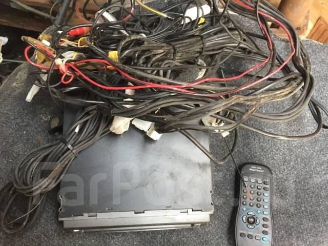 DVD проигрыватель Alpine DVA–5210 с пультом