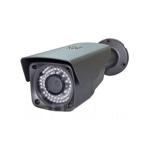 Камера наружного наблюдения. 20 и более Мп, с объективом