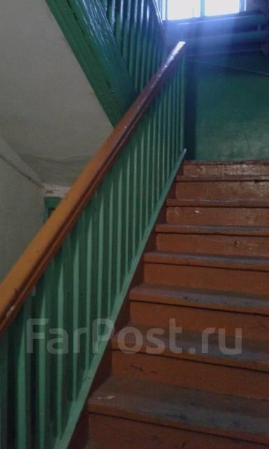 2-комнатная, улица Некрасова 156А. Центр, агентство, 41 кв.м. Подъезд внутри