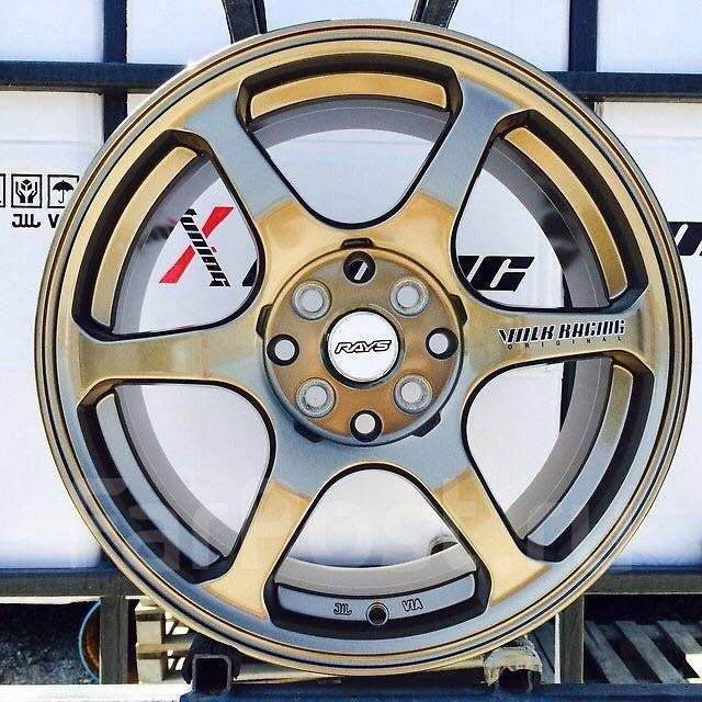 RAYS VOLK RACING. 7.0x16, 4x100.00, 4x114.30, ET38, ЦО 73,1мм.