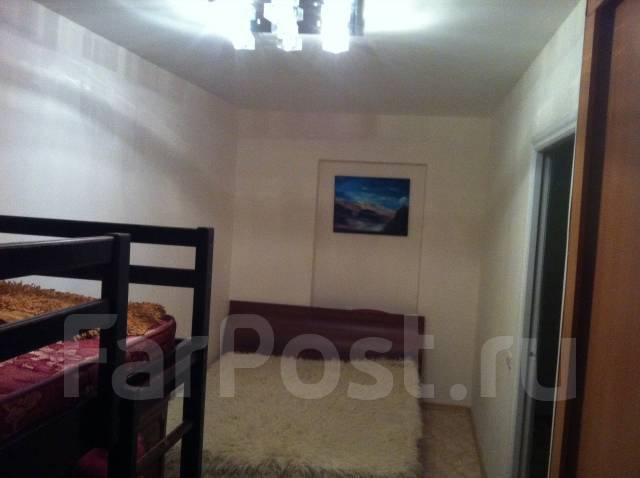2-комнатная, переулок Зеленоборский 20. Кировский, частное лицо, 45 кв.м.