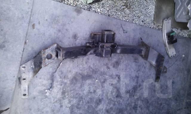 Фаркоп. Toyota Sequoia, UCK45, UCK35 Двигатель 2UZFE