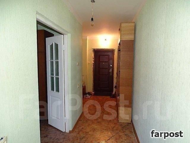 3-комнатная, улица Адмирала Горшкова 40. Снеговая падь, проверенное агентство, 69 кв.м. Прихожая
