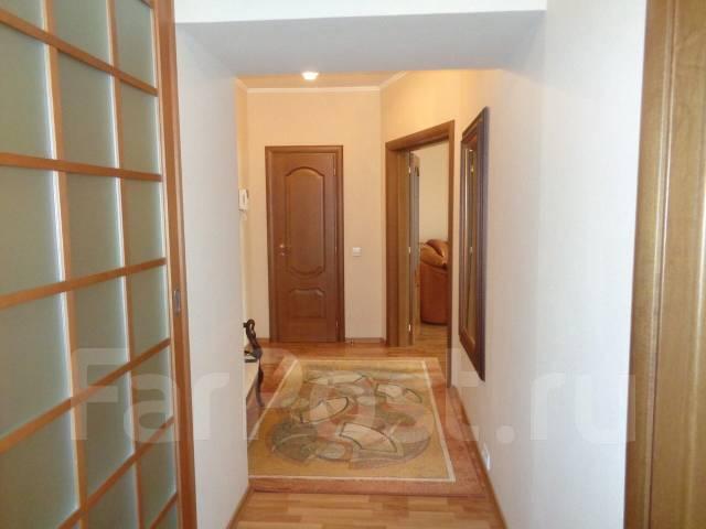 3-комнатная, улица Бестужева 21а. Эгершельд, частное лицо, 95 кв.м. Вид из окна днем
