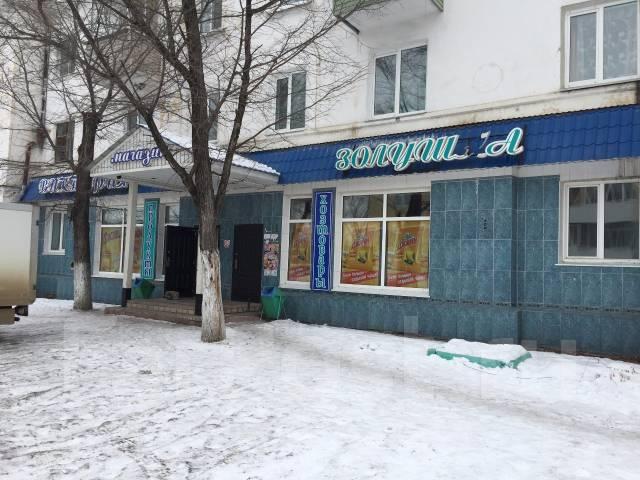 Продам торговое помещение. Улица Олега Кошевого 17, р-н Тракторный, 193 кв.м.
