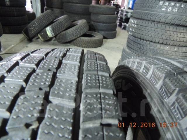 Dunlop DSV-01. Зимние, без шипов, 2010 год, износ: 10%, 2 шт