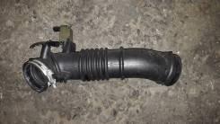 Патрубок воздухозаборника. Mazda Premacy, CP8W, CPEW Двигатели: FPDE, FSZE, FPDE FSZE