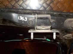 Петля двери багажника левая Dodge Caliber 2006-2011