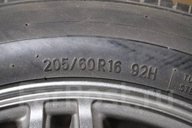 205/60R16 Летние шины с литыми дисками Waren. Без пробега по РФ. 6.5x16 5x114.30 ET35 ЦО 73,0мм.