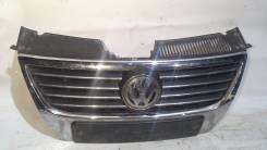 Решетка радиатора. Volkswagen Passat, 3B6