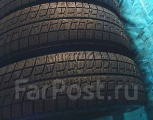 Bridgestone Blizzak Revo2. Всесезонные, 2010 год, износ: 10%, 2 шт