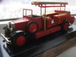 Масштабная модель пожарного автомобиля ЗИС - 11 масштаб 1 / 43 CCCP
