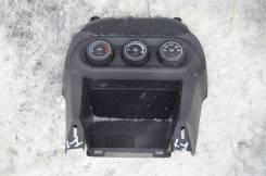 Блок управления климат-контролем. Mitsubishi Lancer, CY1A