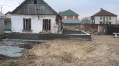 Старый кирпичный Дом с новым фундаментом. Улица Халтурина 31, р-н 11 шахата, 6 школа, площадь дома 51 кв.м., централизованный водопровод, электричест...