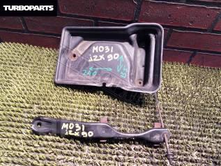 Крепление аккумулятора. Toyota Cresta, JZX91, JZX90, JZX105, GX105, JZX100, JZX101, GX90, SX90, LX90, GX100, LX100 Toyota Mark II, JZX91E, GX105, JZX1...