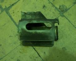 Крепление топливного фильтра. Chevrolet Lanos