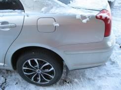 Щит опорный задний левый Toyota Avensis