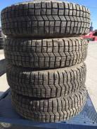 Michelin 4X4 A/T. Зимние, шипованные, износ: 20%, 4 шт