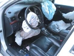 Блок управления вентилятором Toyota Avensis