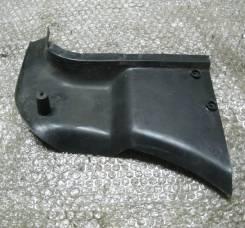 Накладка на стойку. Audi 80