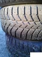 Bridgestone. Зимние, шипованные, износ: 50%, 2 шт
