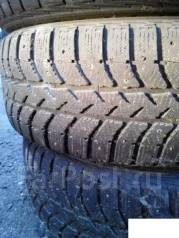 Bridgestone. Зимние, шипованные, 50%, 2 шт