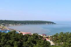 Продается земельный участок в котеджном поселке у моря. 1 000 кв.м., собственность, электричество, вода, от агентства недвижимости (посредник)