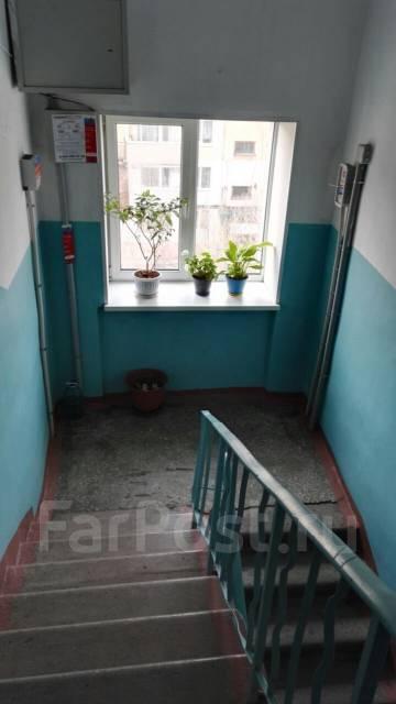 3-комнатная, улица Ленинградская 47а. Ленинградский, частное лицо, 50 кв.м.