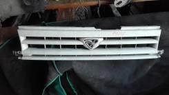 Решетка радиатора. Mazda MPV, LV5W, LVEW