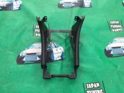 Консоль центральная. Toyota Cresta, JZX100 Toyota Mark II, JZX100 Toyota Chaser, JZX100
