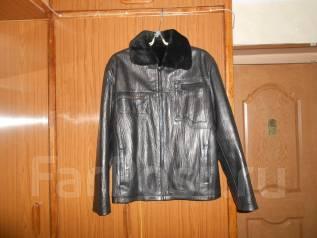 Куртки. 46, 48