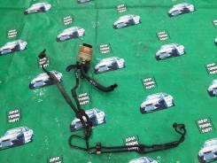 Бачок гидроусилителя руля. Toyota Cresta, JZX100 Toyota Mark II, JZX100 Toyota Chaser, JZX100 Двигатель 1JZGTE