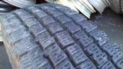 Bridgestone Blizzak W969. Зимние, 2013 год, износ: 5%, 2 шт