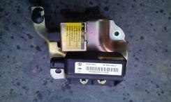 Датчик замедления. Toyota Sequoia, UCK45, UCK35 Двигатель 2UZFE