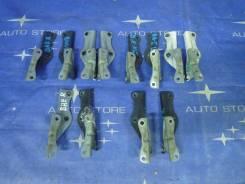 Крепление капота. Subaru Legacy B4, BE9, BEE, BE5 Subaru Legacy Lancaster, BHE, BH9 Subaru Legacy, BHE, BEE, BH5, BE5, BH9, BE9 Двигатели: EZ30D, EJ20...
