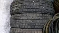 Bridgestone ST30. Зимние, без шипов, 2012 год, износ: 30%, 4 шт